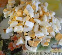 Фото приготовления рецепта: Салат с сердцем и зеленым горошком - шаг №12