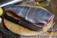 Фото приготовления рецепта: Горбуша, запеченная в духовке целиком - шаг №2