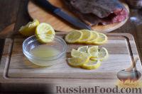 Фото приготовления рецепта: Горбуша, запеченная в духовке целиком - шаг №4