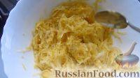 Фото приготовления рецепта: Картофельные драники - шаг №3