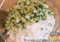 Фото приготовления рецепта: Салат с креветками и рисом - шаг №7