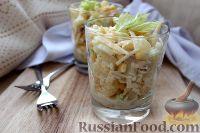 Фото приготовления рецепта: Салат с ананасом, сельдереем и кукурузой - шаг №6