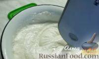 Фото приготовления рецепта: Шоколадный брауни с творожной начинкой - шаг №5