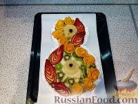 """Фото к рецепту: Торт """"8 Марта"""" с фруктами"""