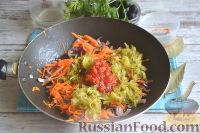 Фото приготовления рецепта: Солянка с колбасой - шаг №6