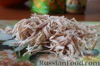 Фото приготовления рецепта: Салат с куриным филе и сельдереем - шаг №7