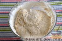 Фото приготовления рецепта: Бездрожжевой хлеб на закваске (в мультиварке) - шаг №7
