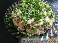 Фото приготовления рецепта: Слоеный салат со скумбрией - шаг №6