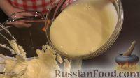 """Фото приготовления рецепта: Торт """"Полосатые штанишки"""" - шаг №6"""
