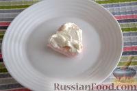 Фото приготовления рецепта: Меренги-сердечки с мороженым - шаг №8