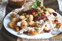 Фото к рецепту: Винегрет с судаком, грибами, фасолью, капустой и каперсами