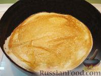 Фото приготовления рецепта: Закусочный торт с курицей и творогом - шаг №4