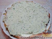 Фото приготовления рецепта: Закусочный торт с курицей и творогом - шаг №9