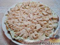 Фото приготовления рецепта: Закусочный торт с курицей и творогом - шаг №10