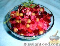 Фото к рецепту: Винегрет с зеленым горошком