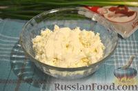Фото приготовления рецепта: Кальмары, фаршированные творогом и креветками - шаг №3