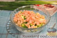 Фото приготовления рецепта: Кальмары, фаршированные творогом и креветками - шаг №5
