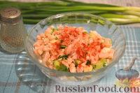 Фото приготовления рецепта: Кальмары, фаршированные творогом и креветками - шаг №6