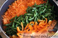 Фото приготовления рецепта: Фунчоза с куриным филе и овощами - шаг №11