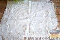 Фото приготовления рецепта: Ролл с ветчиной и сливочным сыром - шаг №5