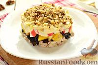 Фото к рецепту: Салат с крабовыми палочками и куриной грудкой