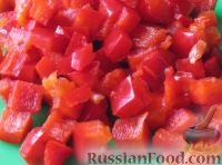 Фото приготовления рецепта: Винегрет с фасолью и сладким перцем - шаг №4