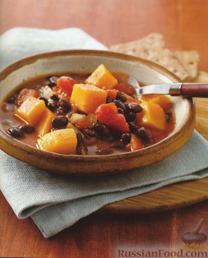Фото к рецепту: Томатный суп с тыквой и фасолью