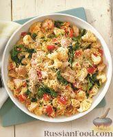 Фото к рецепту: Курица с макаронами, цветной капустой и помидорами