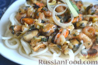 Фото к рецепту: Спагетти с морепродуктами