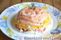 Фото к рецепту: Салат с семгой