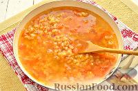 Фото приготовления рецепта: Макароны, тушенные в сковороде - шаг №6