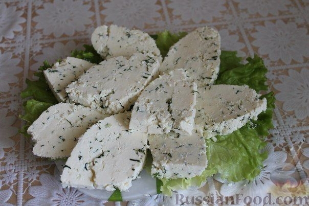 Рецепт Домашний сыр с зеленью и чесноком