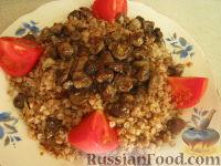 Фото к рецепту: Каша гречневая с грибами