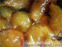 Фото к рецепту: Варенье из  целых груш