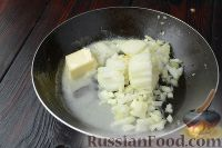 Фото приготовления рецепта: Жюльен из курицы с грибами - шаг №6