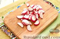 Фото приготовления рецепта: Окрошка с крабовыми палочками - шаг №4