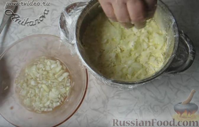 """Фото приготовления рецепта: Салат """"Пасхальный кулич"""" - шаг №9"""
