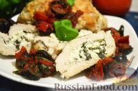Фото к рецепту: Куриные грудки, фаршированные сыром