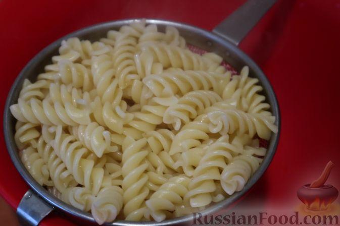 Фото приготовления рецепта: Жареная картошка с говяжьей печенью - шаг №2