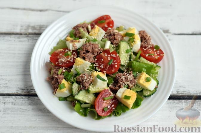 Рецепт салата с тунцом консервированным пошагово с фото