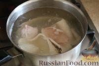 Фото приготовления рецепта: Салат из кальмаров, с огурцами и яблоками - шаг №7
