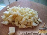 Фото приготовления рецепта: Салат из фасоли с соленым огурцом - шаг №9