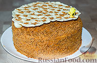Фото к рецепту: Медовик с карамельным вкусом