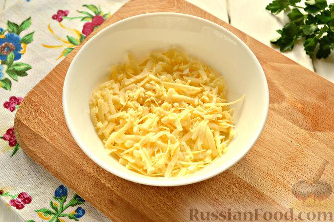 Фото приготовления рецепта: Каннеллони с мясным фаршем, запеченные под томатным соусом и сыром - шаг №10