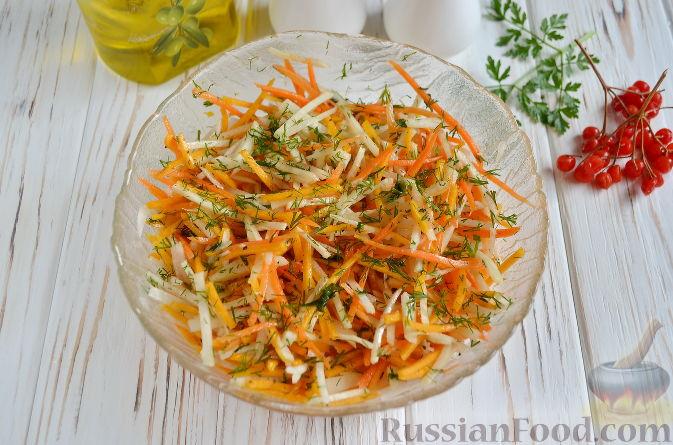 Фото приготовления рецепта: Салат из топинамбура, редьки, тыквы и моркови - шаг №7