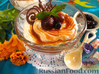 Фото к рецепту: Творожный десерт с крыжовником и карамелью