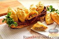Фото к рецепту: Пирожки с мясом и огурцами