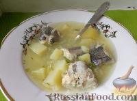 Фото к рецепту: Уха со взбитым яйцом