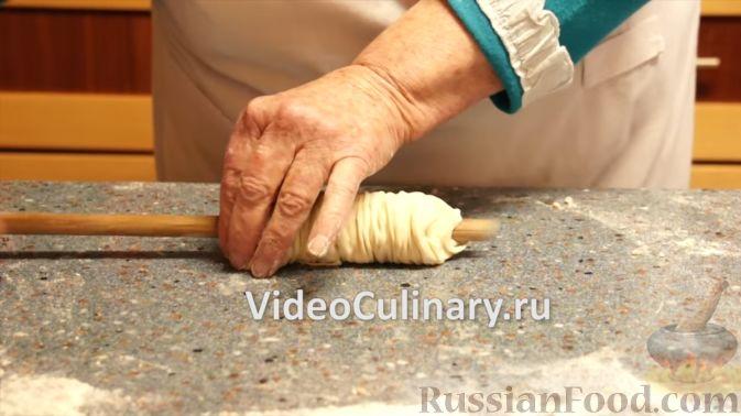 Фото приготовления рецепта: Насыпной яблочный пирог - шаг №9