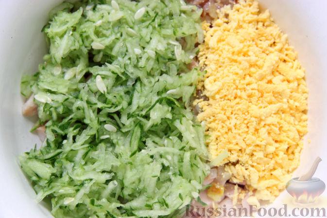 куриный салат с яйцами и грибами рецепт